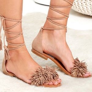 Steve Madden tan lace up fringe sandals